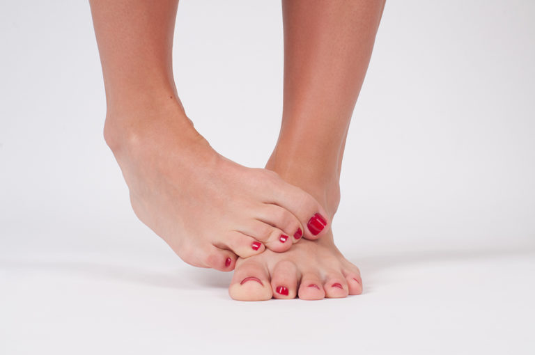 Keep Your Pedicures Safe – How to Identify Fungus on your Feet and What to Do If You Have It