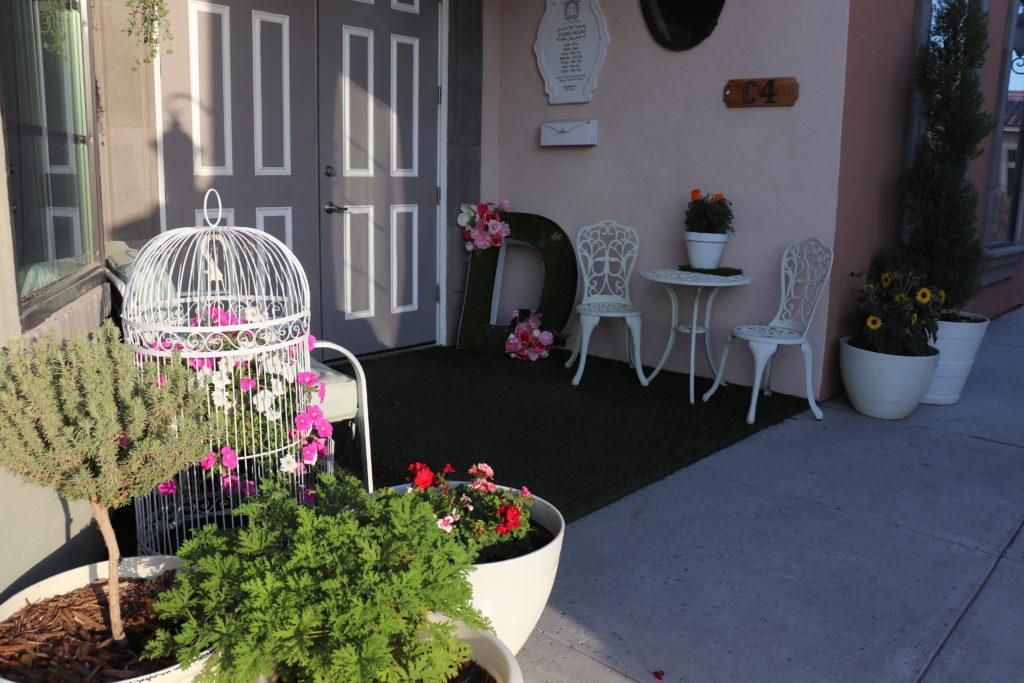 The Front door of D'Licious Nails a Nail Salon in El Paso, TX